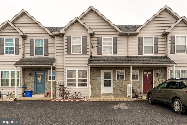 Single Family Homes pour l Vente à Blandon, Pennsylvanie 19510 États-Unis