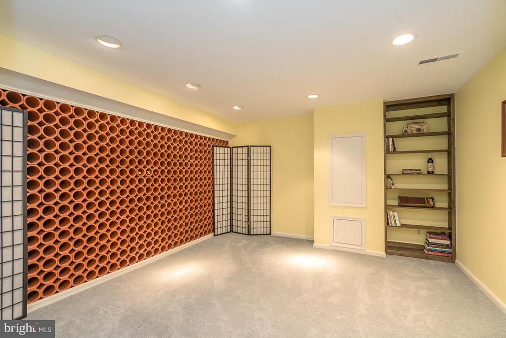 Additional Bedroom with Custom Wine Rack - 9927 S GLEN RD, POTOMAC