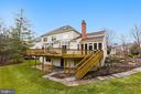 Deck Spans Width of House - 43347 BUTTERFIELD CT, ASHBURN