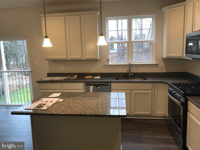Kitchen - 9836H MAGLEDT RD, PARKVILLE