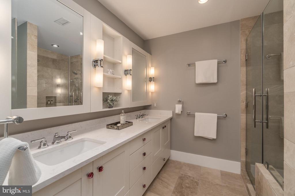 Master Bath - 601 N FAIRFAX ST #404, ALEXANDRIA