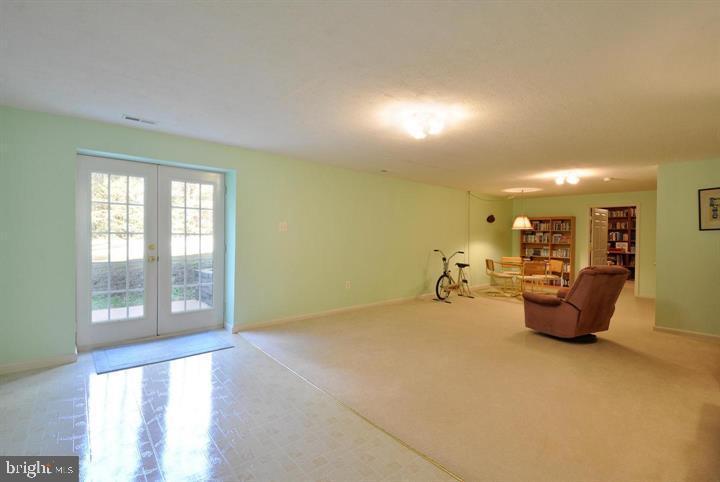 Basement family room - 9325 WYNDHAM HILL LN, SPOTSYLVANIA