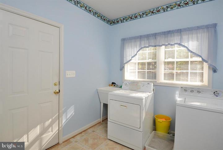 Laundry room - 9325 WYNDHAM HILL LN, SPOTSYLVANIA