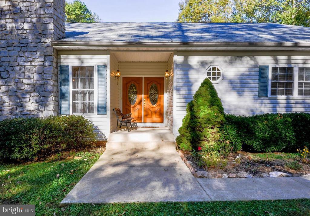 WELCOME HOME! - 9325 WYNDHAM HILL LN, SPOTSYLVANIA
