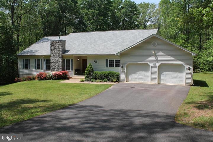 Beautiful ranch style home - 9325 WYNDHAM HILL LN, SPOTSYLVANIA