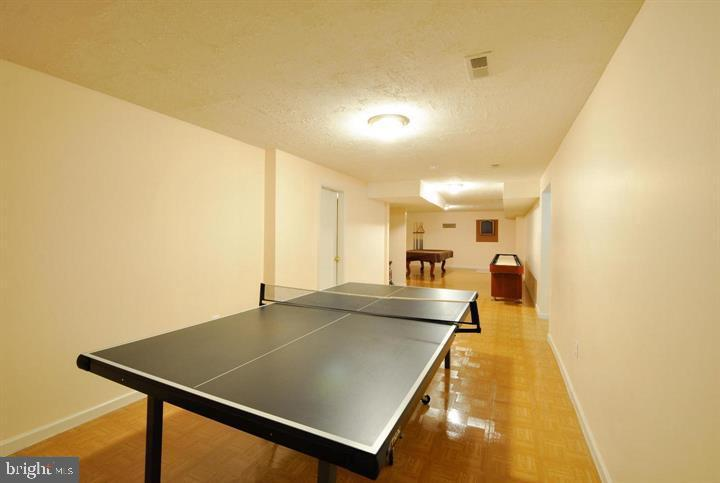 Game room - 9325 WYNDHAM HILL LN, SPOTSYLVANIA