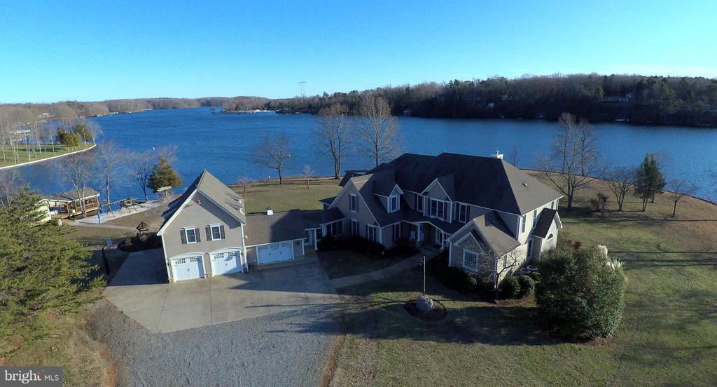 Welcome Home! - 4401 SEAY POINT RD, MINERAL