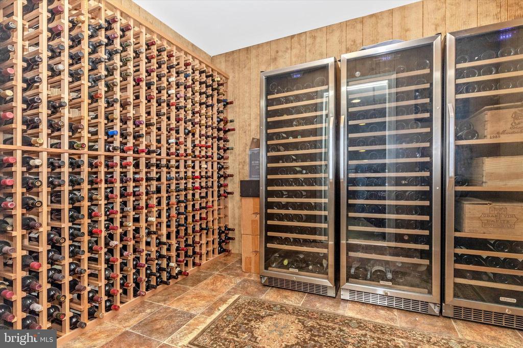 Wine Cellar - 7235 WOODVILLE RD, MOUNT AIRY