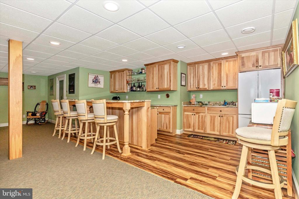 Bar and Kitchenette with Hickory cabinets - 7235 WOODVILLE RD, MOUNT AIRY