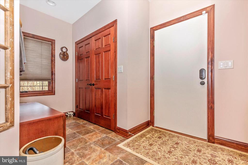 Mud Room off garage - 7235 WOODVILLE RD, MOUNT AIRY