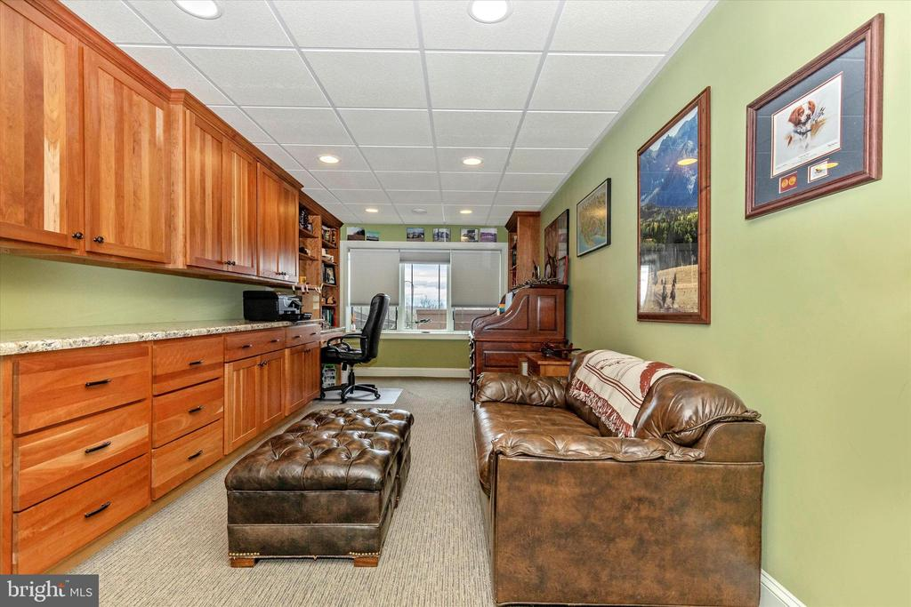 Lower Level Office - 7235 WOODVILLE RD, MOUNT AIRY
