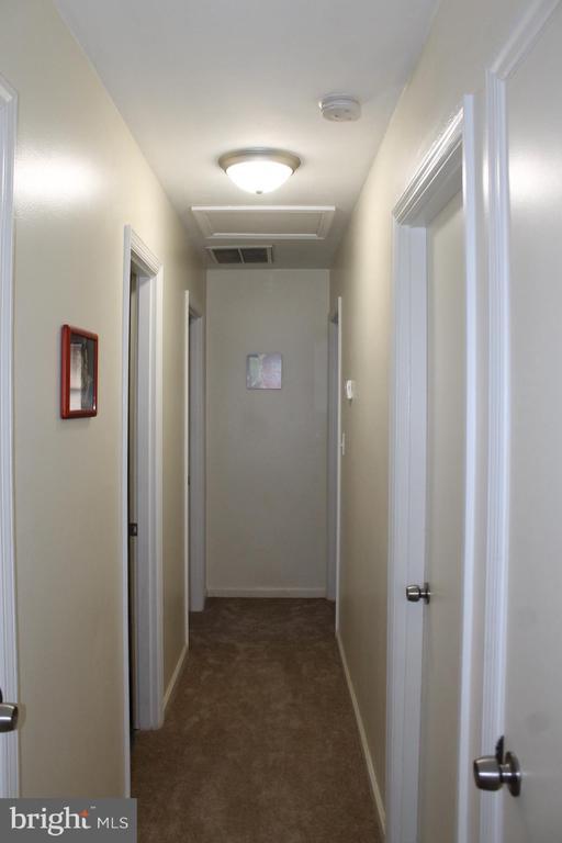 Hallway - house recently painted - 104 EDGEMONT LN, LOCUST GROVE