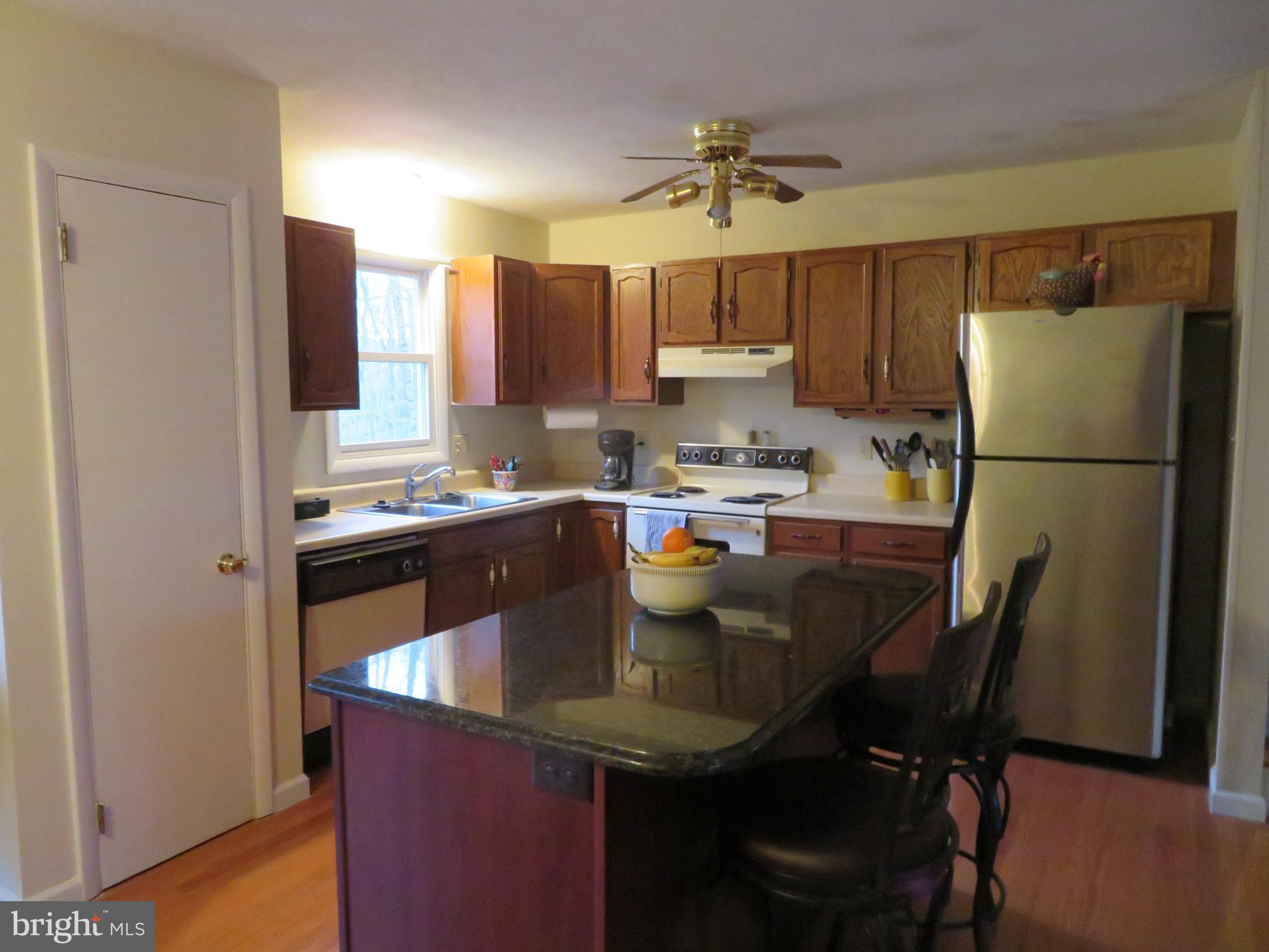 Kitchen with island!