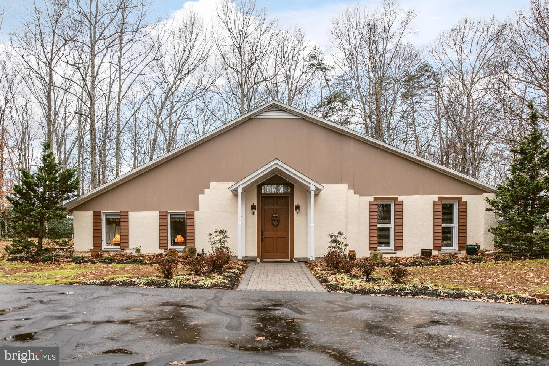 Single Family Homes para Venda às Goldvein, Virginia 22720 Estados Unidos