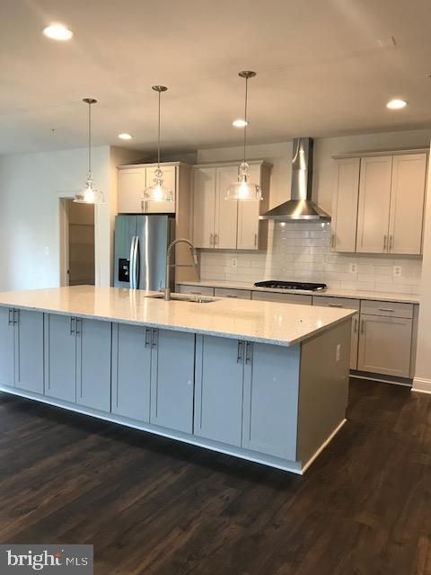 Room For More Than One Cook - 3708 WHISPER HILL CT, UPPER MARLBORO