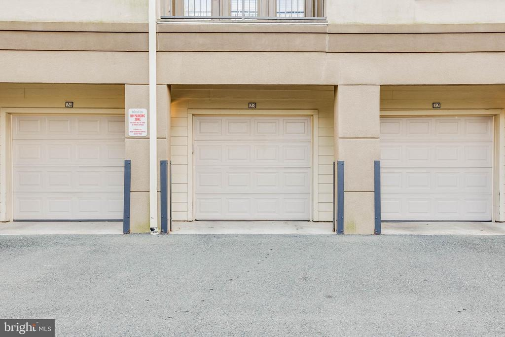 Private garage for this unit - 11750 OLD GEORGETOWN RD #2430, NORTH BETHESDA