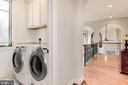 Upper level laundry - 1231 INGLESIDE AVE, MCLEAN