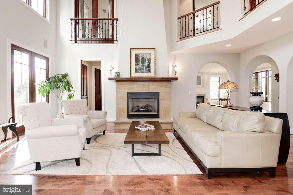 Living room - 1231 INGLESIDE AVE, MCLEAN