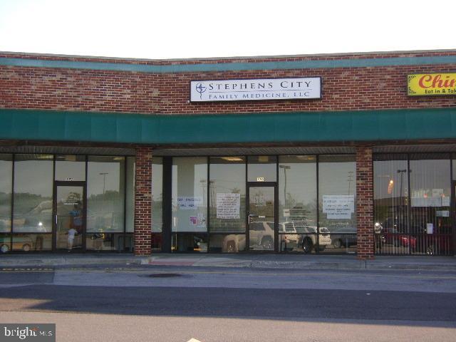 Property 為 出租 在 320 FAIRFAX PIKE #MEDICAL OFFICE Stephens City, 弗吉尼亞州 22655 美國