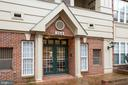 Welcome Home ~ Secured Entry - 2310 14TH ST N #301, ARLINGTON