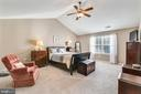 Master bedroom with cathedral ceiling! - 1301 FEATHERSTONE LN NE, LEESBURG