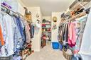 HER walk-in closet! - 1301 FEATHERSTONE LN NE, LEESBURG