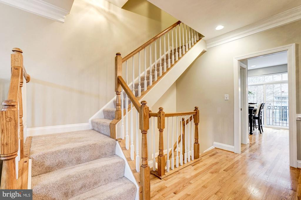 Stairs to the third level - 2137 N PIERCE CT, ARLINGTON