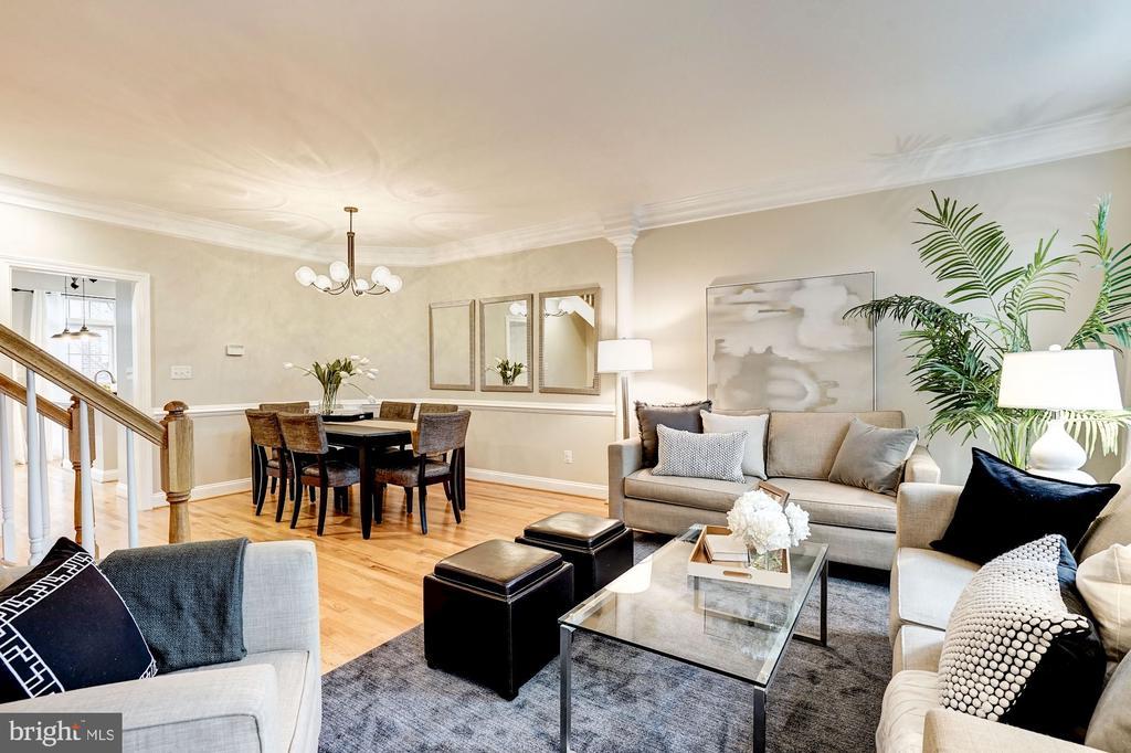 Hardwood floors throughout second main level - 2137 N PIERCE CT, ARLINGTON