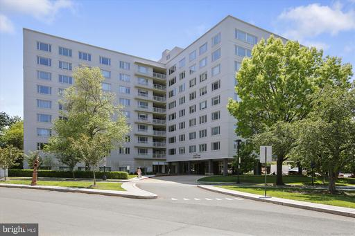 2475 VIRGINIA AVE NW #728