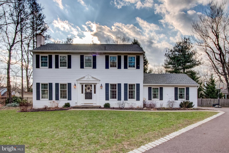 Single Family Homes のために 売買 アット West Trenton, ニュージャージー 08628 アメリカ
