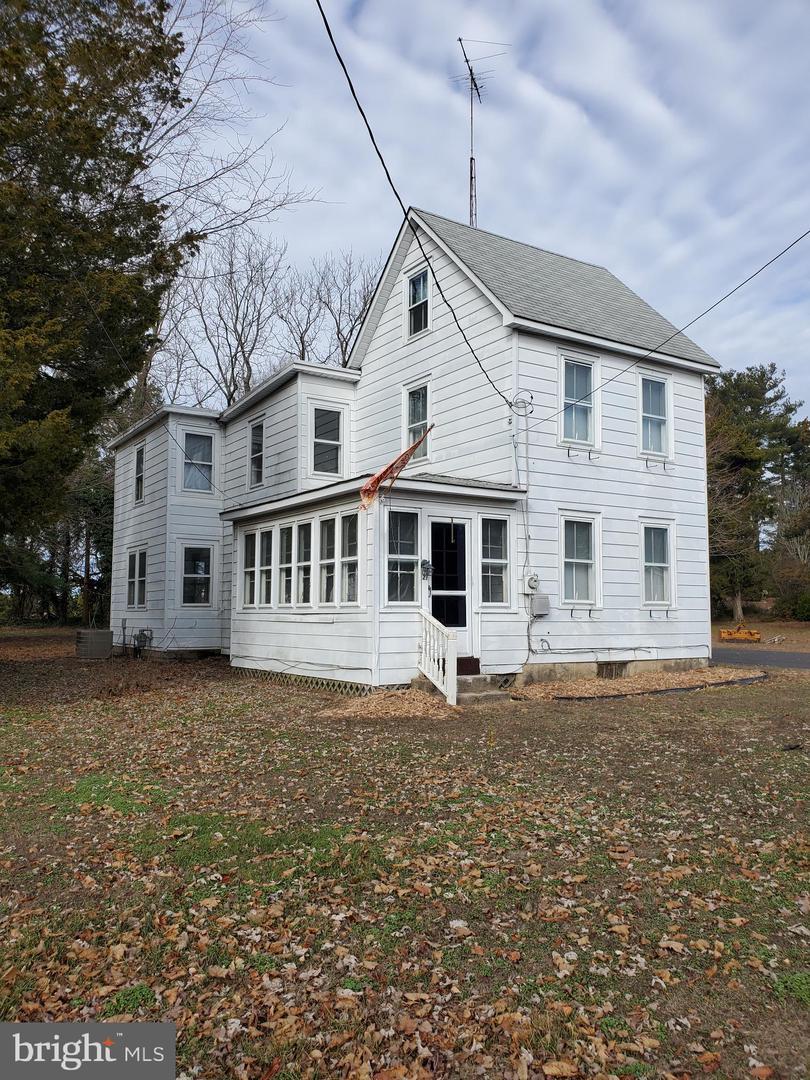 Single Family Homes для того Продажа на Cedarville, Нью-Джерси 08311 Соединенные Штаты