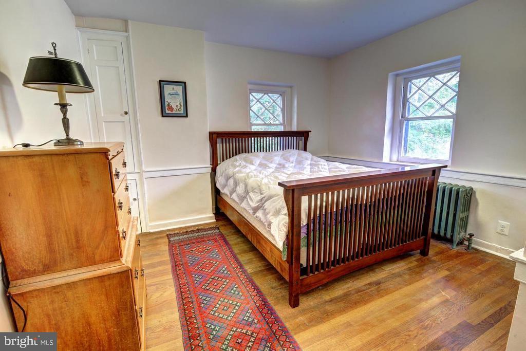 UL bedroom3 - 16960 IVANDALE RD, HAMILTON