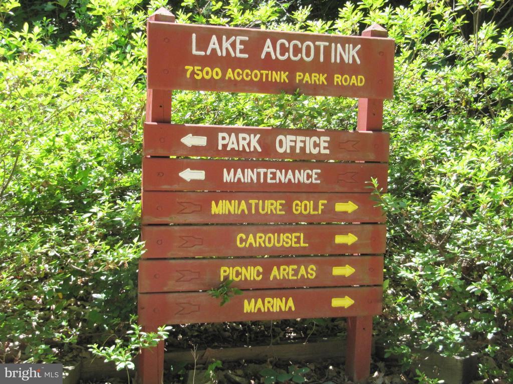 Entrance to Lake Accotink Park - 8396 UXBRIDGE CT, SPRINGFIELD