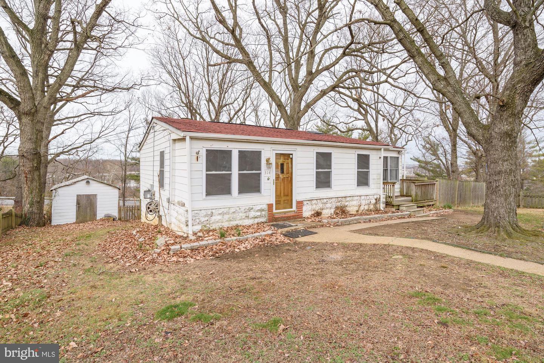 Single Family Homes para Venda às Brooklyn Park, Maryland 21225 Estados Unidos