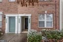 Front Door - 42439 ROCKROSE SQ, BRAMBLETON