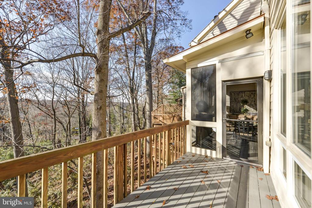 Main level deck - 5818 MADAKET RD, BETHESDA