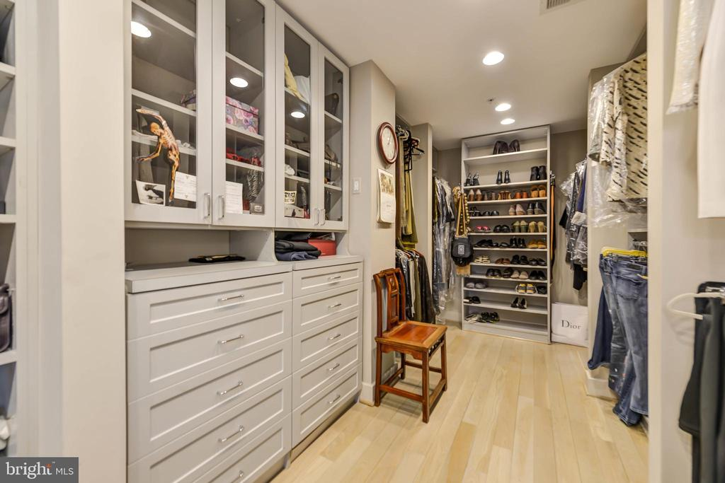 Custom cabinetry in walk-in closet - 5818 MADAKET RD, BETHESDA