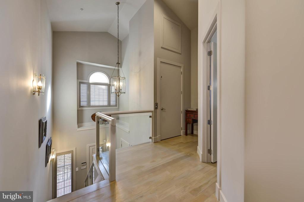 Upstairs landing w/ view of elevator access - 5818 MADAKET RD, BETHESDA