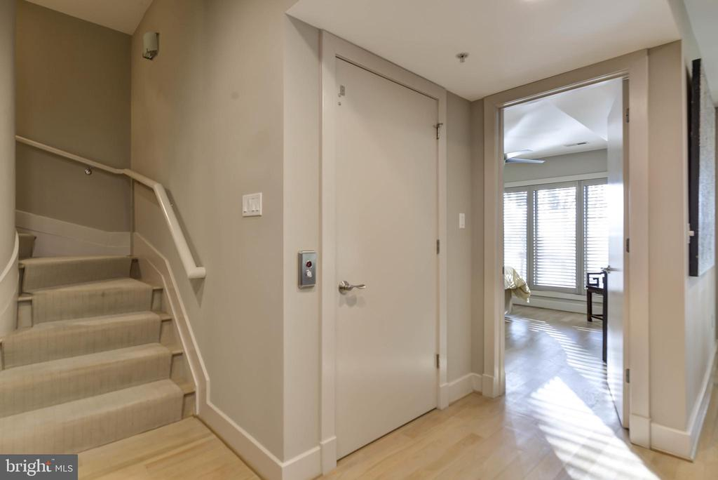 Elevator access on lower level - 5818 MADAKET RD, BETHESDA
