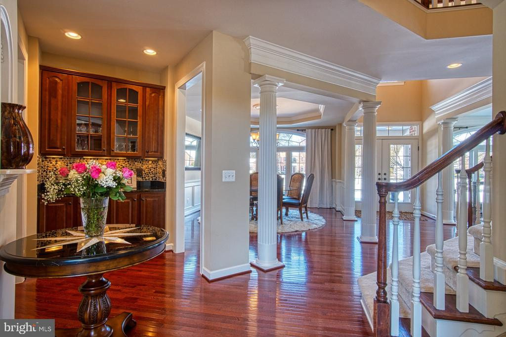 Sun Filled Home with Beautiful Hardwood Floors - 8251 ARROWLEAF TURN, GAINESVILLE