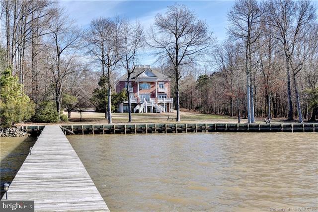 Single Family Homes 為 出售 在 Williamsburg, 弗吉尼亞州 23185 美國