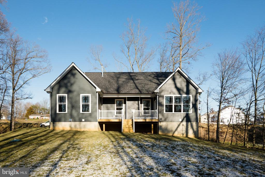 SIMPLY GORGEOUS! - 466 COURTHOUSE RD, STAFFORD