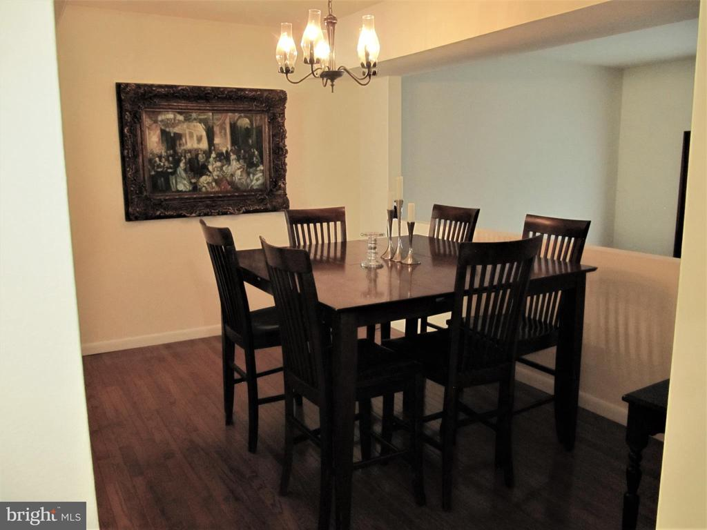 Dining Room Furnished - 8396 UXBRIDGE CT, SPRINGFIELD
