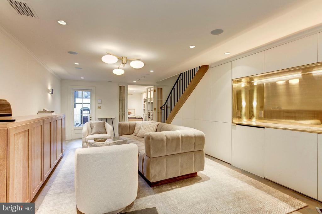 Basement/family room - 2318 20TH ST NW, WASHINGTON