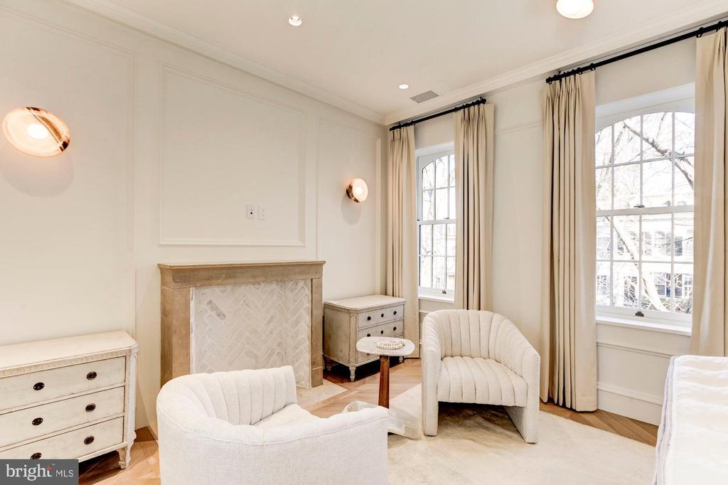 Master bedroom - 2318 20TH ST NW, WASHINGTON