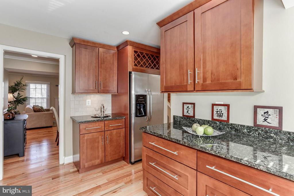 Kitchen - 2522 S WALTER REED DR #4, ARLINGTON