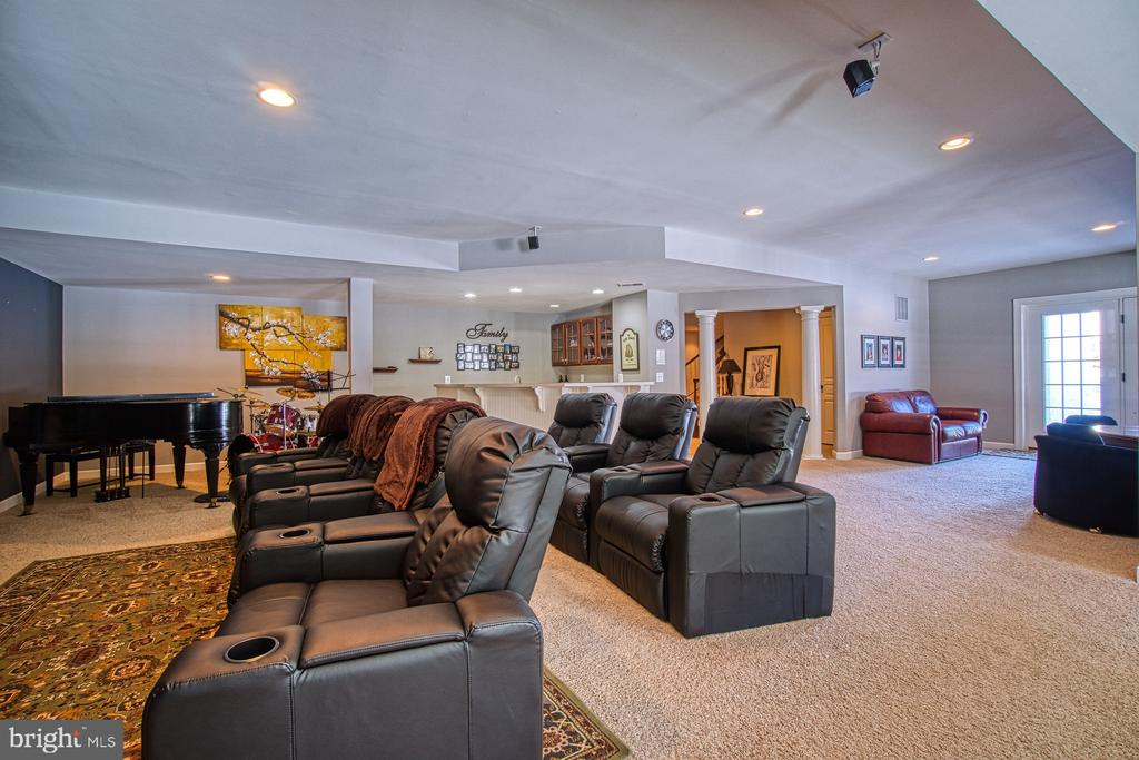 Expansive Recreation Room - 8251 ARROWLEAF TURN, GAINESVILLE