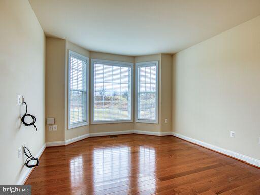 Home Office?  Playroom?  You decide! - 220 LACOSTA CT, WINCHESTER