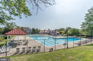 Community Pool - 13409 RISING SUN LN, GERMANTOWN