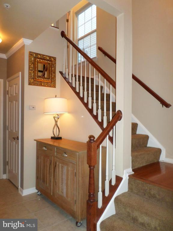 Stairway to Lower Level - 13409 RISING SUN LN, GERMANTOWN
